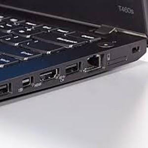 Ports of CO2 neutral Lenovo T460s laptop