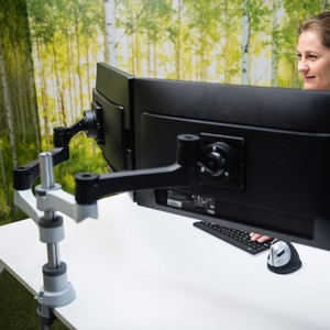 RGOVLZE4TWSI R-Go Zepher 4 Twin monitor arm